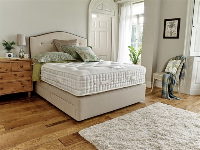Hampton 17800 150cm Zip & Link Mattress Only