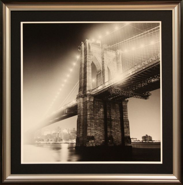 B/W Brooklyn Bridge 2210 30x30