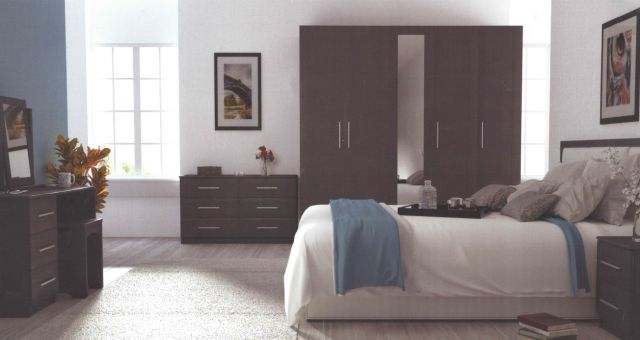 Argent Bedroom Collection Short Height 4 Door Wardrobe With 2 Mirrors