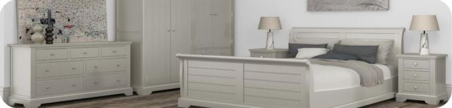 Aylsham Bedroom Collection Kingsize Panelled Bedstead
