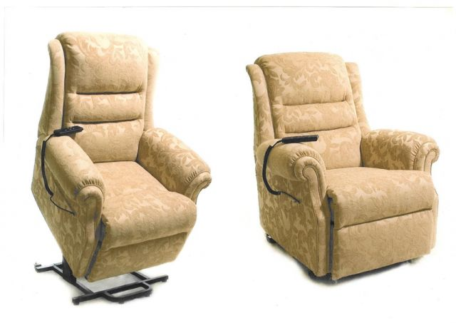 Langfield Sofa Collection Recliner (Lift & Rise) Short Sit 2
