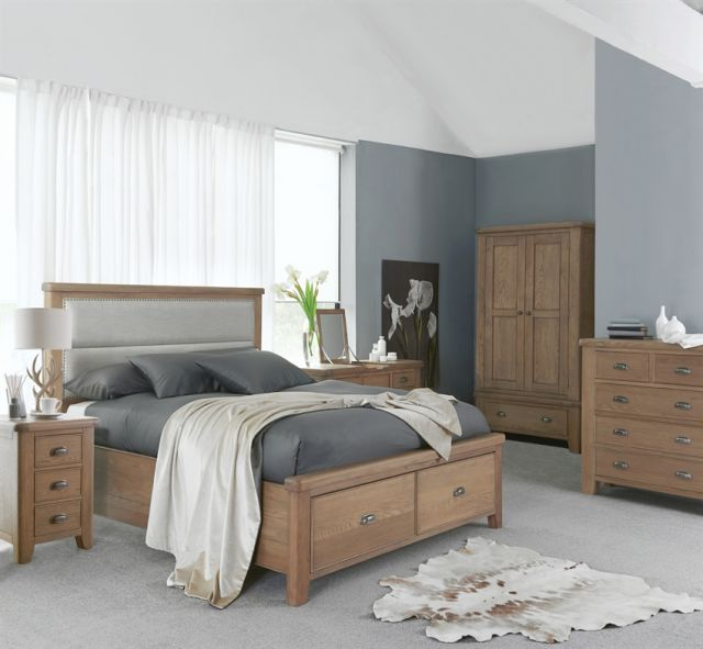 Charlbury Bedroom Collection 4'6 drawer footboard and side rails set