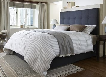 Hollyhock Bed Collection 150cm Zip and Link Deep True Edge Deep Set